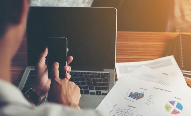 como ganhar dinheiro com um blog na web